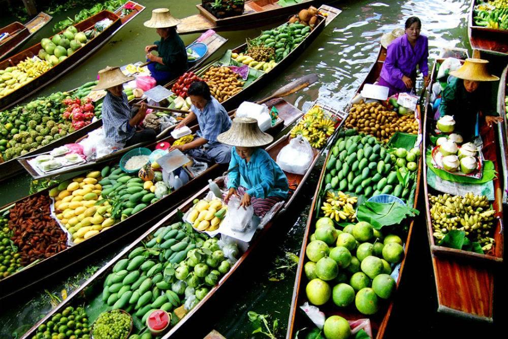بازارچه خرید کردن تره بار در بانکوک تایلند