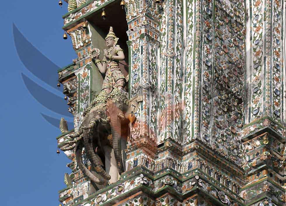 معبد سپید در بانکوک تایلند