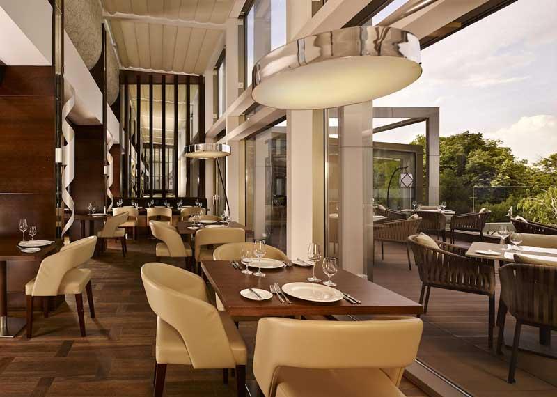 رستوران هتل متروپل پالاس، لاکچری کالکشن