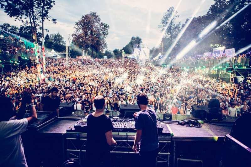 فستیوال عشق صربستان (Lovefest)